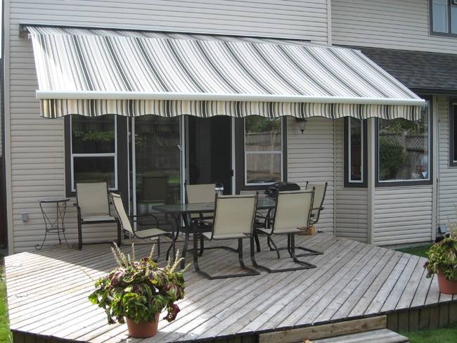 Retractable Fabric Awning Installation Abbotsford